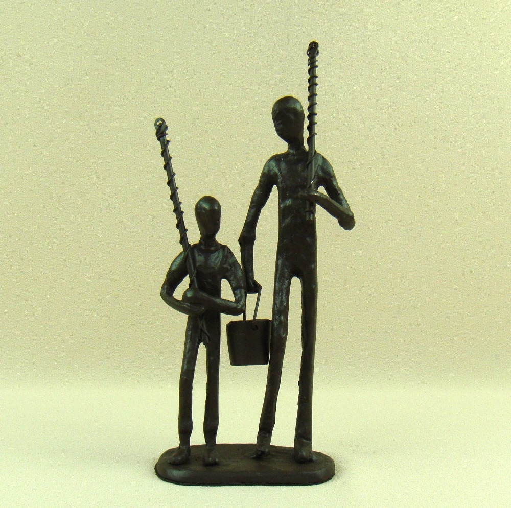 Novelty ornaments - Cast Iron Father And Son Figurine Abstractive Metal Fishing Figure Novelty Craft Ornament For Father S Day