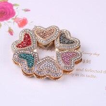 WEIYU w kształcie serca w kształcie serca silnego pola magnetycznego broszka dla kobiet wykwintne Rhinestone magnes broszki Pin muzułmańskie chusty Abaya hidżab szalik