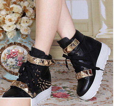 Women Autumn Winter Wedges Chunky Heel Genuine Leather Rivets Metal Lace Up Fashion Casual Ankle Boots Size 35-39 SXQ0818 front lace up casual ankle boots autumn vintage brown new booties flat genuine leather suede shoes round toe fall female fashion