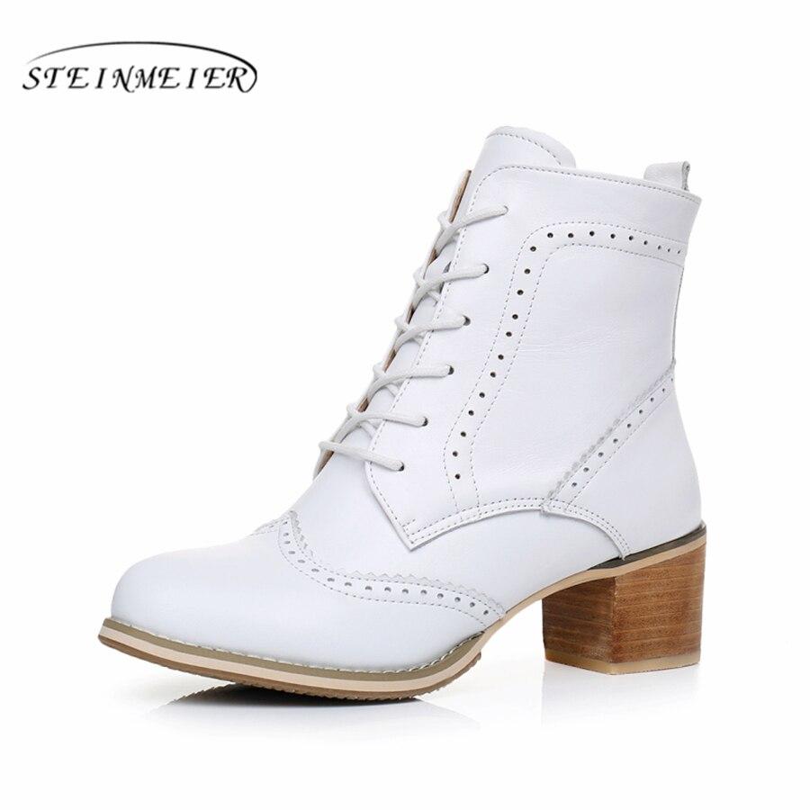 Echt Leer Enkel vrouwen Laarzen Handgemaakte Comfortabele kwaliteit zachte Schoenen Merk Designer met bont wit zwart 2018 lente-in Enkellaars van Schoenen op  Groep 1
