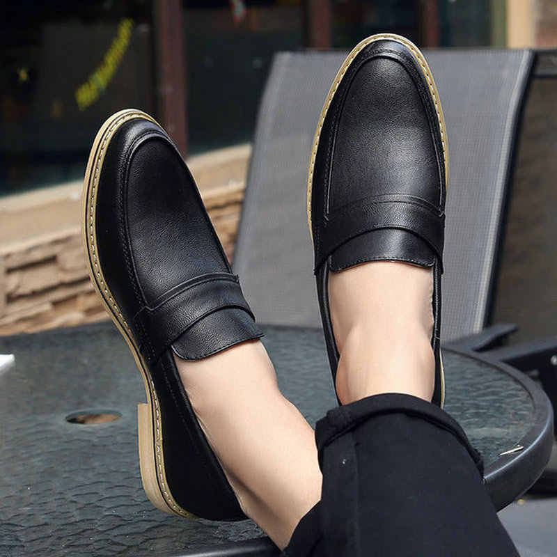 98197865d605 Italian Designer Mens Formal Dress Shoes Black White Leather Wedding Shoes  Men Loafers Chaussure Homme Casual