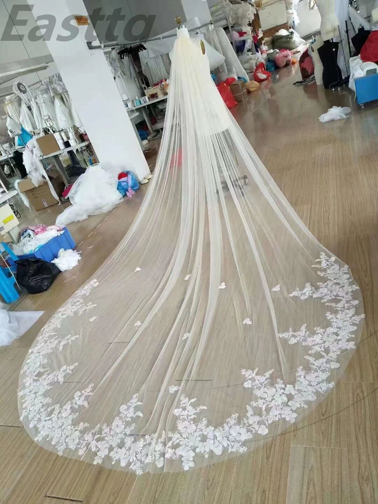 Image 4 - Real Photos Bridal Veils One Layers 3.5M luxurious Long White Ivory Bridal Accessory Veil For Brides Lace Wedding Veil with Comb-in Bridal Veils from Weddings & Events
