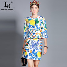 e508364c3d08 LD LINDA DELLA 2018 New Fashion Runway Skirt Two Pieces Set Women s Jackets  Top + Vintage Floral Print Mini Skirt Sets Suit