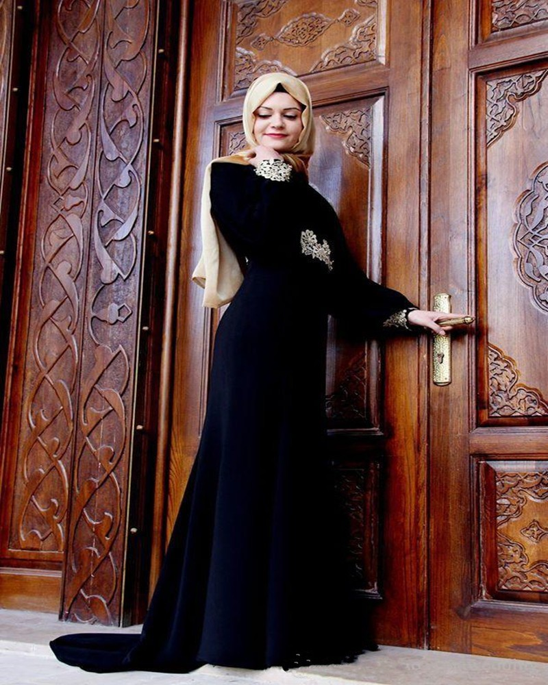2996e94669 US $165.0 |Stunning Long Sleeve Muslim Evening Dresses 2017 Black Hijab  Islamic Abaya Kaftan Beaded Apppliqu Evening Gowns Prom Dress-in Evening ...
