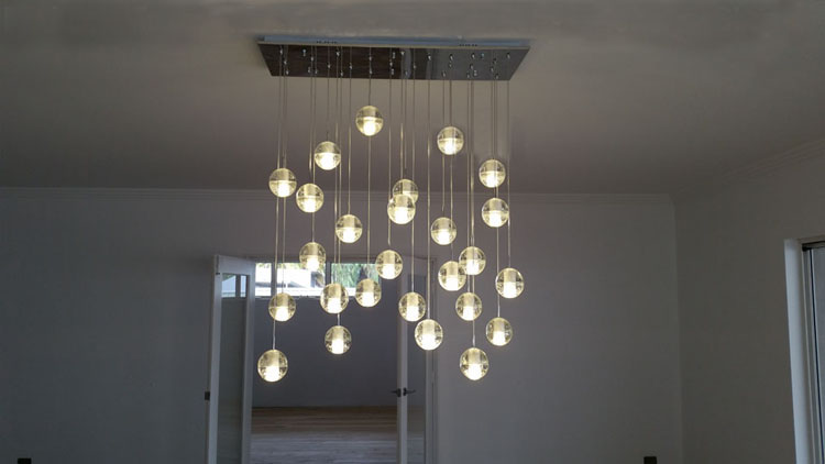 superior luminaire cage d escalier 5 phube lighing led meteor douche lustre en cristal. Black Bedroom Furniture Sets. Home Design Ideas