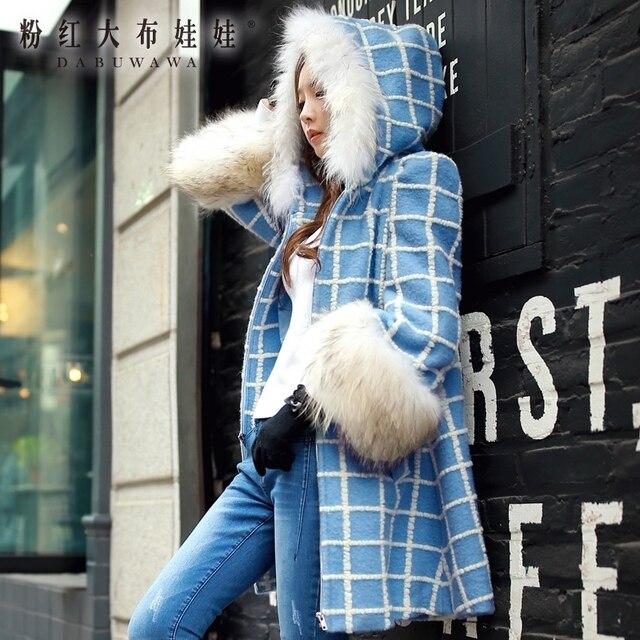 DABUWAWA шерстяное пальто Новинка 2017 на осень-зиму клетчатая куртка Тонкий Повседневная модная Настоящее меховым воротником куртка с капюшоном женщин Розовая кукла