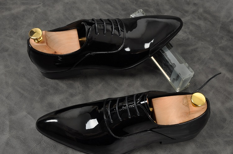 Men Handmade Dress Oxfords  Business Office wedding Formal Italian Leather Shoes For Man NEW lace up pointed toe shoesMen Handmade Dress Oxfords  Business Office wedding Formal Italian Leather Shoes For Man NEW lace up pointed toe shoes