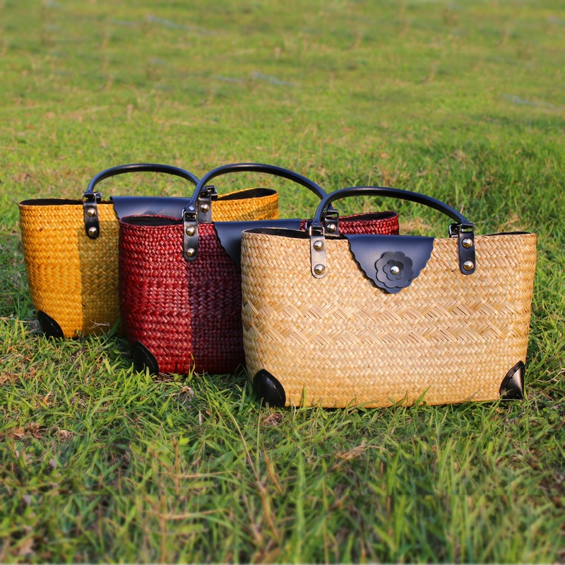 The new holiday beach package Thai version of the grass package package Sen fashionable shoulder bag retro portable bag