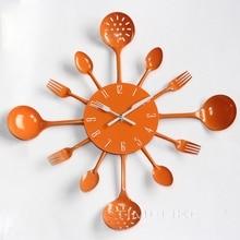 2018 Fashion Silver Clock Cool Design Wall Clock Kitchen Reloj Metal Spoon Spork Shape Wall Mounted Clock Horloge Murale