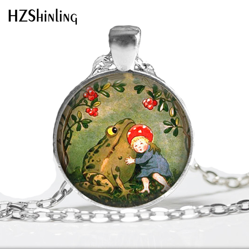 2017 New Arrival Frog Necklace Handmade Classic Fairy Tales Jewelry Glass Dome Steampunk The Frog King Necklace for kids HZ1