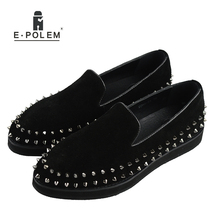 Men Black Genuine Leather Shoes Silver Rivet Fashion Men Loafers Mens Flat Shoe Male Spikes Suede Leather Casual Dress 2017