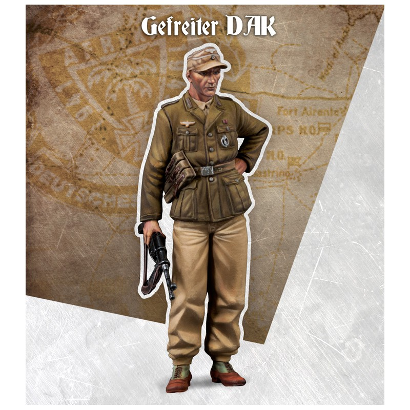 1:35 Standing German Soldier