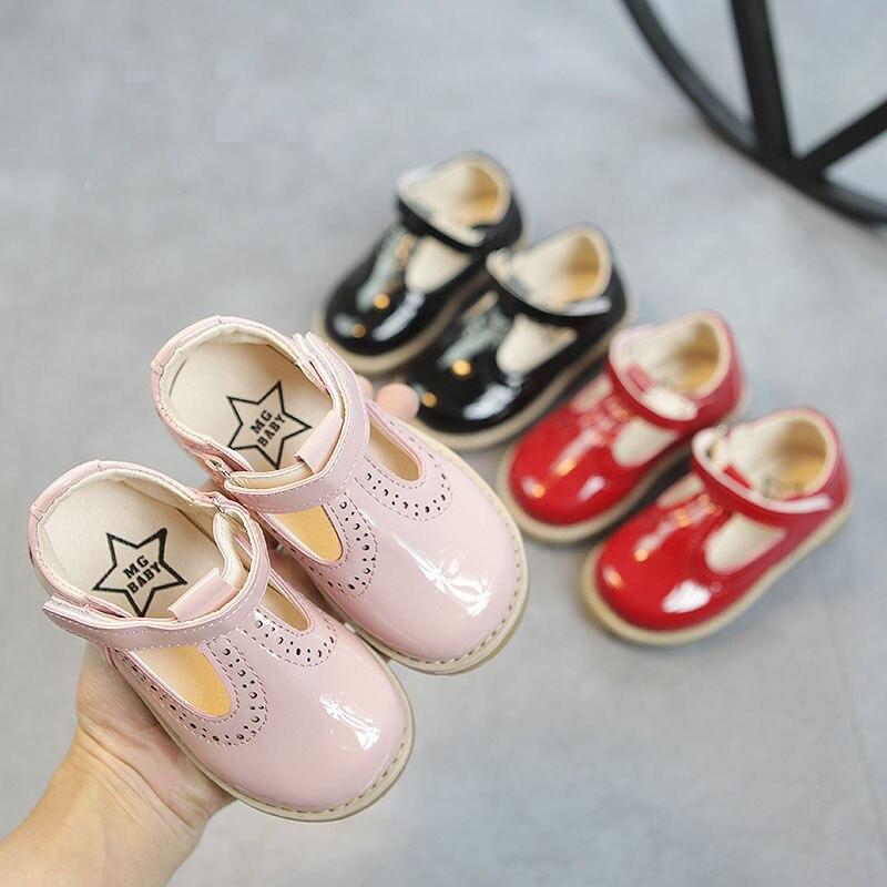 New 2020 Kids Children Toddler Little Girls Summer Spring Patent Leather Sandals Princess Shoes For Girls England Dress Shoes