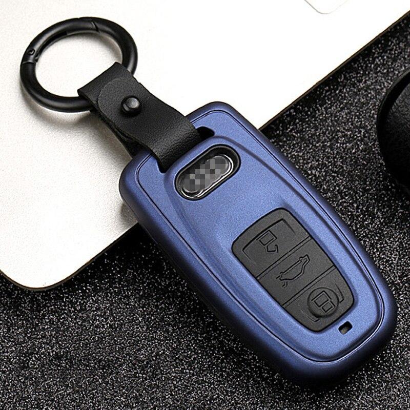 Image 2 - Новый карбоновый полосатый матовый текстурный автомобильный чехол для ключей для Audi Q3 Q5 Sline A3 A5 A6 C5 A4 B6 B7 B8 TT 80 S6 C6 дистанционный ключ куртка-in Футляр для автомобильного ключа from Автомобили и мотоциклы
