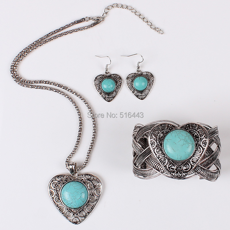 Vintage Silver Plated Rhinestone Turquoise Pendant Chain Necklace Woman Jewelry