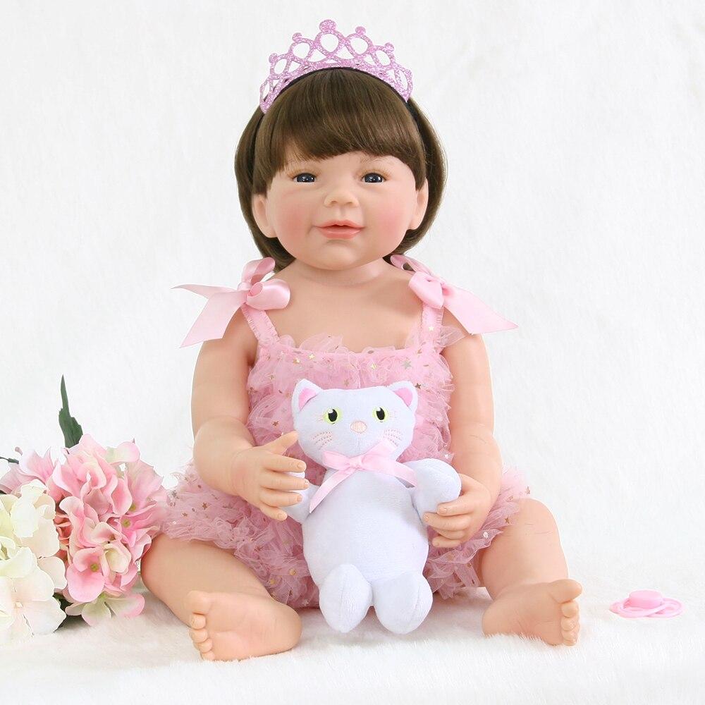 55 cm Pieno di Silicone Reborn Baby Doll Giocattolo Per La Ragazza Boneca Del Vinile Della Principessa Neonato Neonati Con Il Gatto di Modo Regalo Di Compleanno fare il bagno Giocattolo