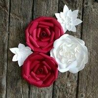 5 Giant Fiori Di Carta 30-40 cm di diametro in rosso e bianco per la decorazione di nozze o photo booth scenografia