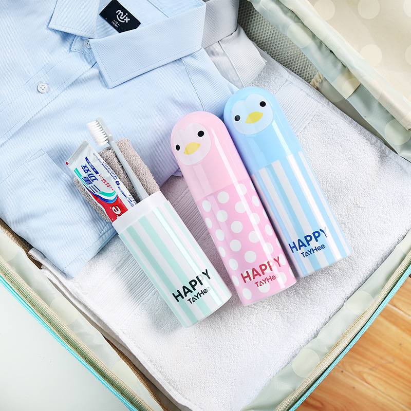 1pc Cute Penguin Plastic Cartoon Toothbrush Box Portable Travel Toothbrush Holder Sanitary Ware Suit Toothpaste Storage Box