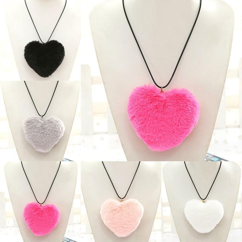 New Love Heart Faux Fur Necklace Pendants Women Boho Fur Pom Pom Neckalce 2017 Neck Collier
