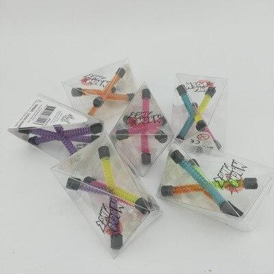 Одноцветные магниты на холодильник для мужчин Q-Man Qman для детей, новинка, научная игрушка, магнитная фигурка для офиса, холодильник, бумага, фото, зажим, наклейка - Цвет: OnePiece RandomColor