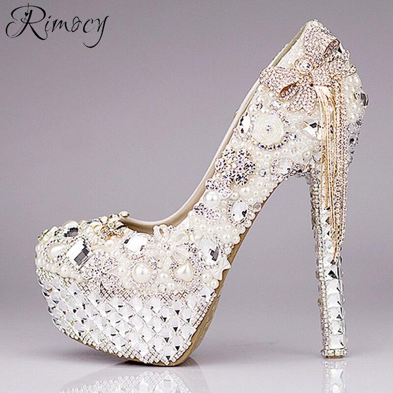 Rimocy su ordinazione di cristallo scarpe da sposa delle donne di strass bianco e perle bowtie super tacchi alti pompe della piattaforma della donna sexy scarpe-in Pumps da donna da Scarpe su  Gruppo 3