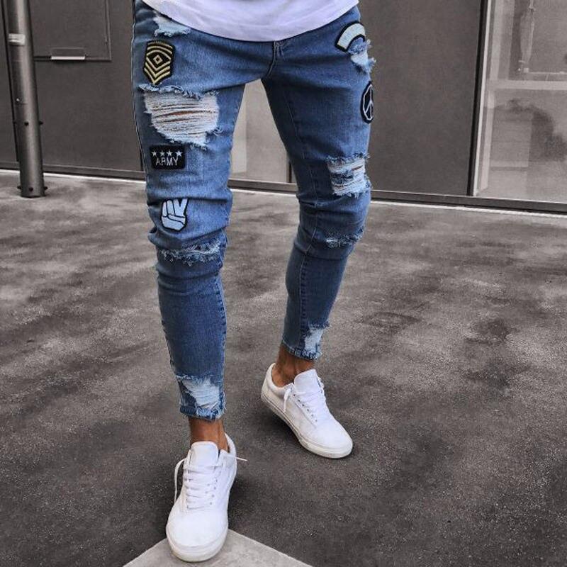 Pantalones vaqueros ajustados con agujeros bordados para hombre nuevos 2018 pantalones vaqueros informales delgados de verano para hombre Vaqueros clásicos hombre joven Negro Azul
