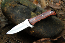 Wolf head Rainbow Hunting Knife Survival Knives Fixed Blade Tactical Straight Knife Camping EDC Tool Red/Black wood Handle