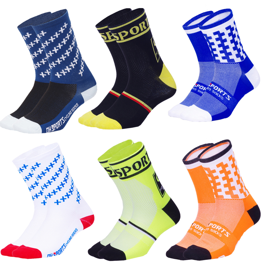 New High Quality Professional Cycling Socks Men Women Road Bicycle Socks Outdoor Brand Racing Running MTB Bike Compression Socks
