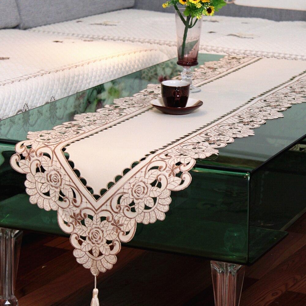 yazi brodé fleur rose cutwork beige tissu chemin de table nappe de