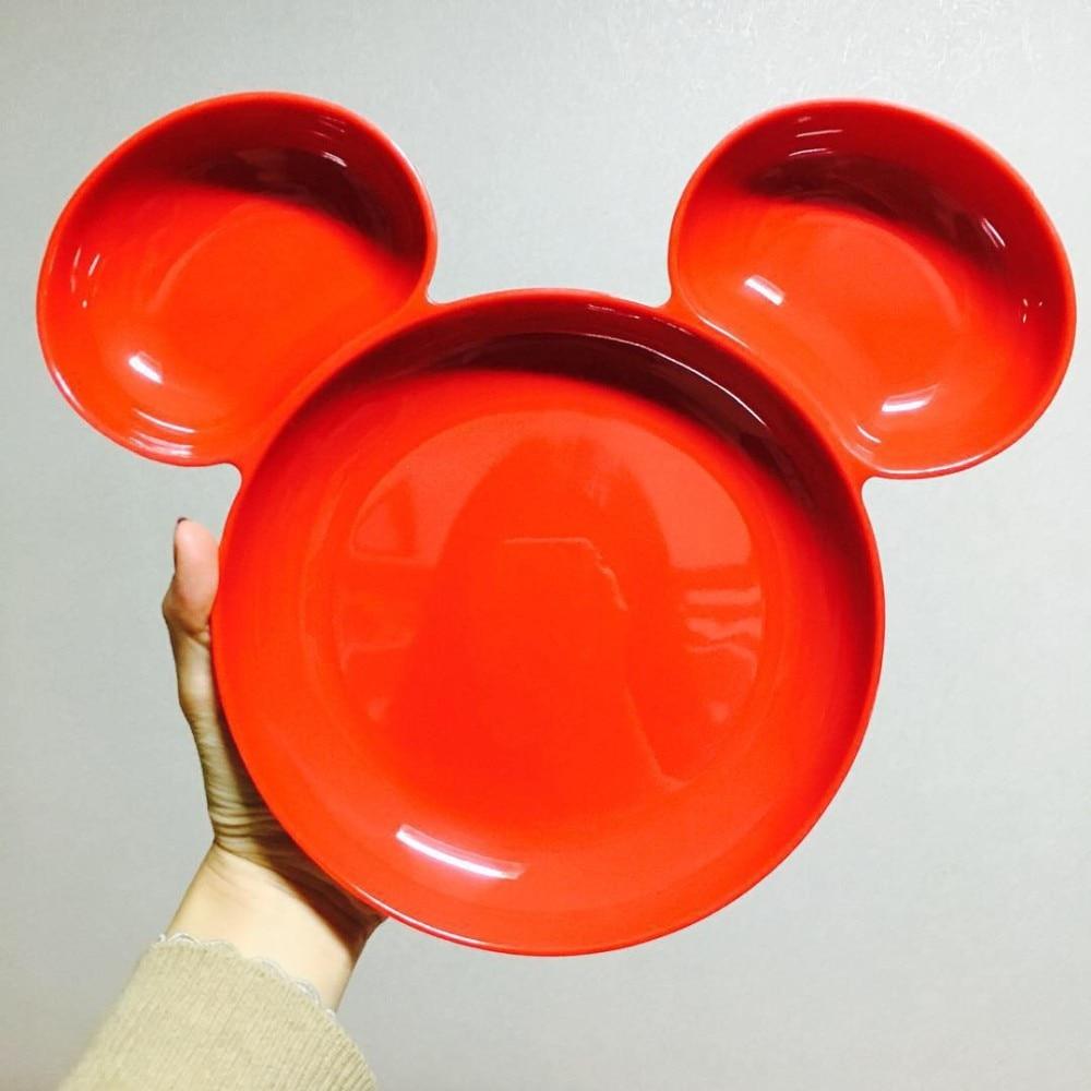 red and white dinnerware 88