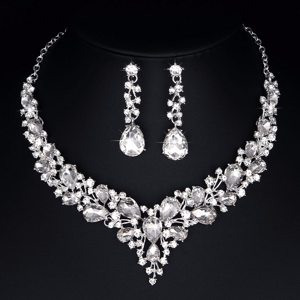 все цены на delicate teardrop Austrian Crystal Jewelry Sets Silver Color For Bridal wedding Necklace and Earrings Sets women fashion Jewelry