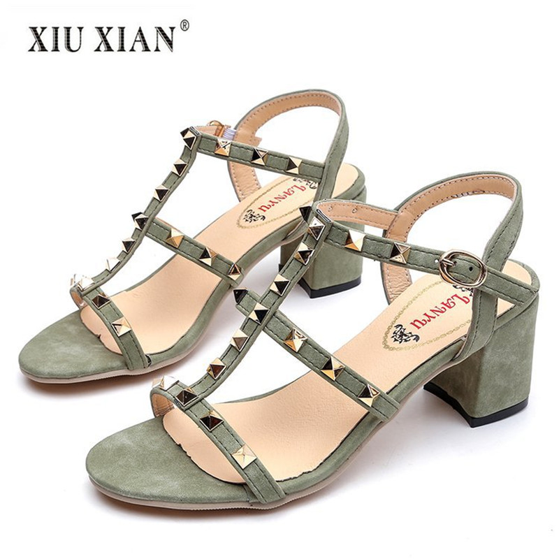 2018 Summer New Arrived Sexy Rivets Hollow Design Women Sandals Comfort Thick High Heel Peep Toe Sandal Fashion Lady Casual Shoe цена