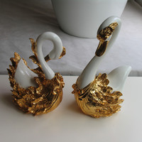 Factory outlets] animal carvings resin craft ornaments ornaments Swan couple Decoration Desktop