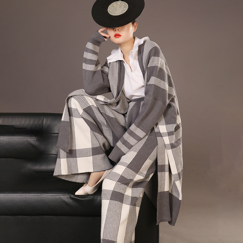 LANMREM High Quality Two Pieces Pants Set For Women 2020 New Fashion Grey Plaid Knit Cardigans Coat + Loose Wide Leg Pants YH142