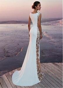 Image 4 - Vestido de novia de satén elástico, cuello de murciélago, corte lateral, con aplicaciones encaje con cuentas