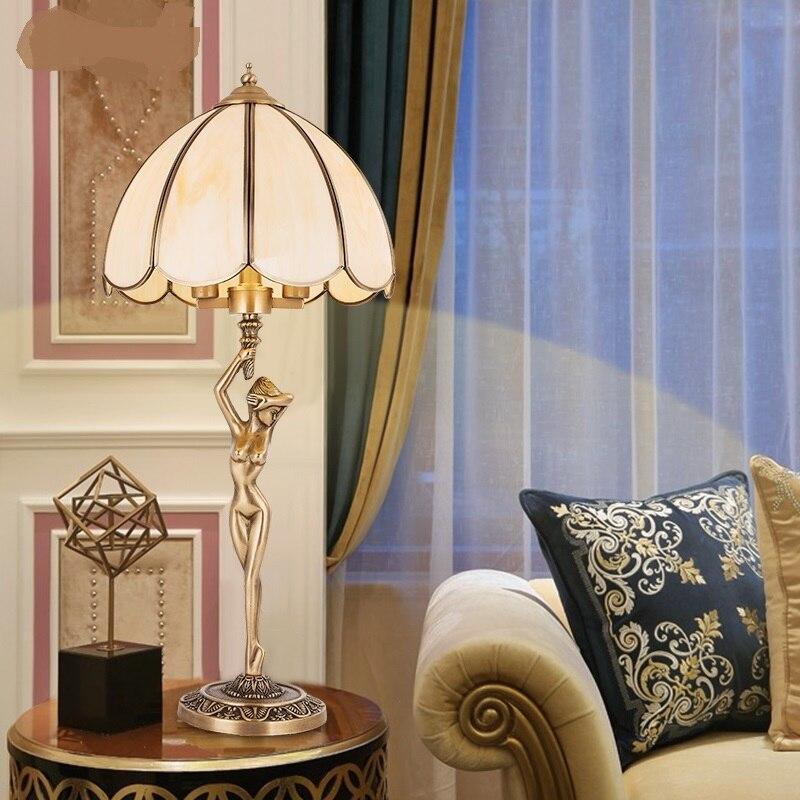 Медных Настольные лампы лампа спальня ночники Европейский роскошный Американский страноведение гостиной Лампы для мотоциклов lu825459