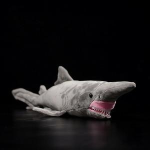 Image 1 - 66cm Lange Levensechte Goblin Shark Knuffels Super Zachte Realistische Zee Dieren Elfin Haai Knuffel Voor Kids