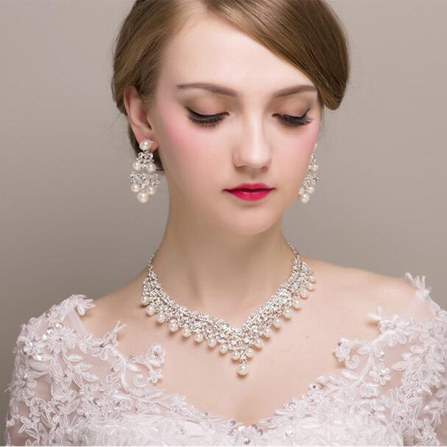 Trendy Crystal Bridal Jewelry Sets Long Drop Earrings Inlay Luxury Rhinestone Fake Pearl Wedding Jewelry Set Gifts For Women a suit of chic fake pearl rhinestone oval necklace and earrings for women