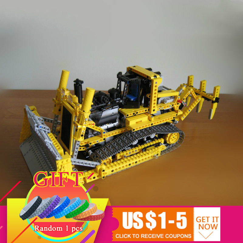 20008 1384pcs series remote contro lthe bulldozer Model Assembling Building blocks kits Compatible with 8275 toys lepin 20008 technic series remote contro lthe bulldozer model assembling building block bricks kits compatible with 42030