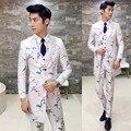 2017 Chegam Novas Dos Homens Blazer Floral Branco 3 Peça Combina Com Vestido Formal Slim Fit Jaqueta Estilo Médio-longo Impressão Masculina Vestidos