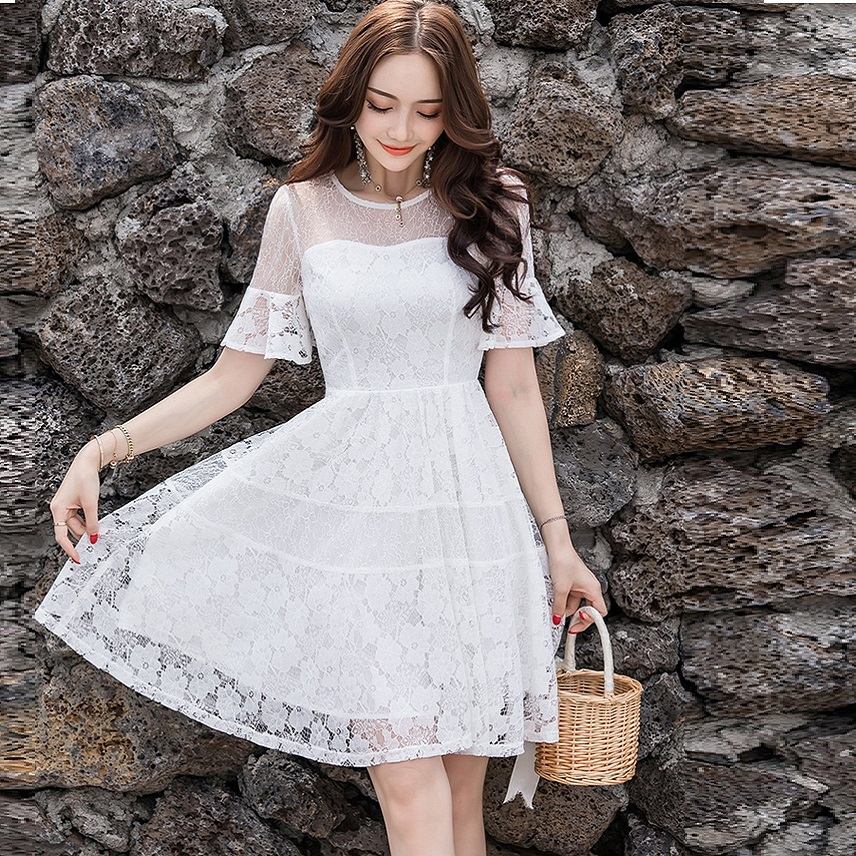 Summer fashion Ladies flare sleeve cute Lace ball gown Dress pinched waist cultivating elegant party dress