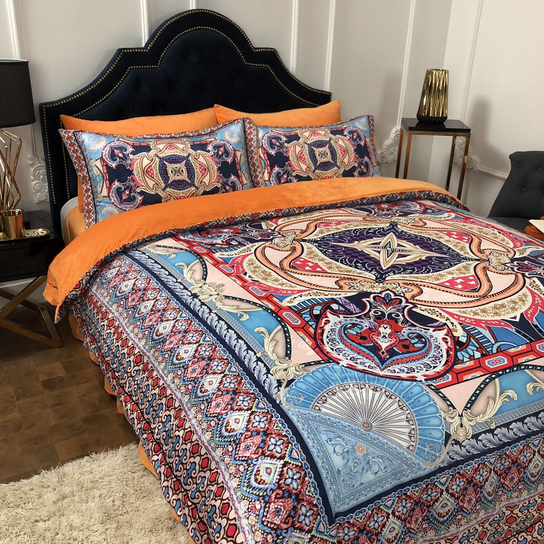 Luxury European Bohemia Printing Soft Fleece Fabric Bedding set Winter Thick Flannel Velvet Duvet cover Bed sheet Pillowcases in Bedding Sets from Home Garden