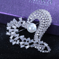 Fashion Luxury Brooch Inlaid Cz Heart-shaped Love Brooches For Women Fashion  Imitation Pearl Wedding Brooch Women Pin Wholesale
