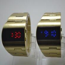 Adam elektronik saat Serin Yakışıklı Geniş Dial çelik kemer Monokrom erkek kol saati dijital Relogio Spor Masculino
