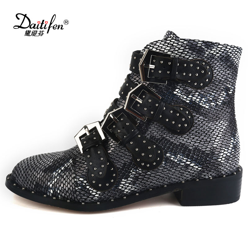 Daidiesha Cool Motorcycle Women Shoes Buckle Strap Sexy Snake Printing Punk Female Boot Street  Genuine Leather Ankle Boots wetkiss genuine leather cool motorcycle boots women street buckle strap rivets zip female boots low heels autumn winter boots
