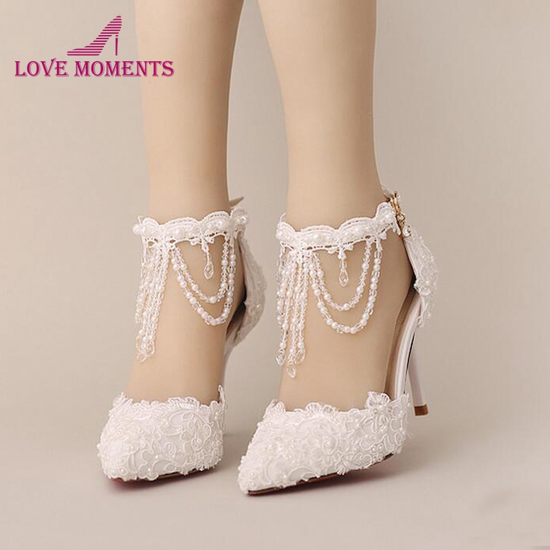 New Summer White Pearl Crystal Lace Bridal Shoes Beautiful Ankle Strap Wedding Shoes White And Red Color Pointed Toe Prom ShoesNew Summer White Pearl Crystal Lace Bridal Shoes Beautiful Ankle Strap Wedding Shoes White And Red Color Pointed Toe Prom Shoes
