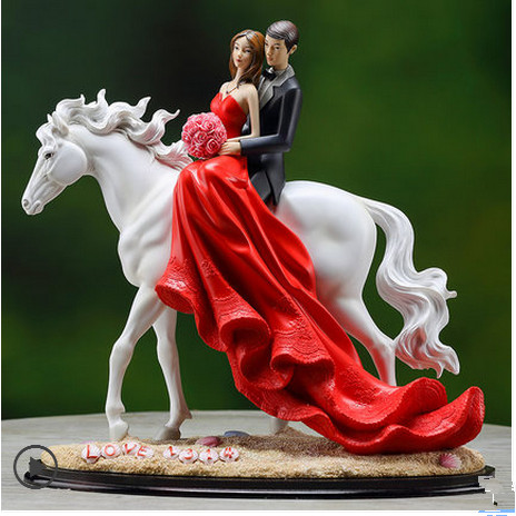 wedding gifts presents chiese red horse style bride and groom wedding decoration home decoration free shipping