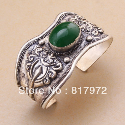Vintage style old tibet silver Bling Green bead cuff bracelet Adjustable Party Gift