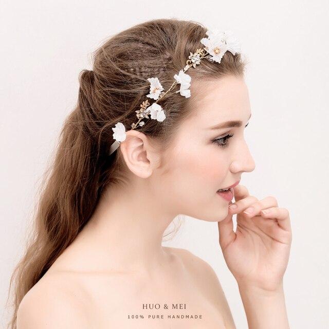 0e555e4fb87e Romantico Fiori Fasce Boho Da Sposa Hairbands Copricapo Corona Floreale  Principessa Accessori Per Capelli Ragazze Regali ...
