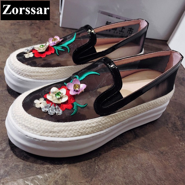 {Zorssar} 2017 New Summer Casual Womens Shoes Breathable Network Shoes women Slip On Flats For Ladies Platform Loafers 32-43 2017 summer new fashion sexy lace ladies flats shoes womens pointed toe shallow flats shoes black slip on casual loafers t033109